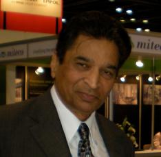 Dr. Gil Dhawan