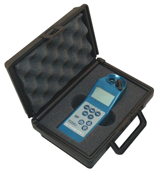 Carrying Case for Myron L Digital Handheld Water Testers